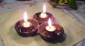 candleholder with three candles