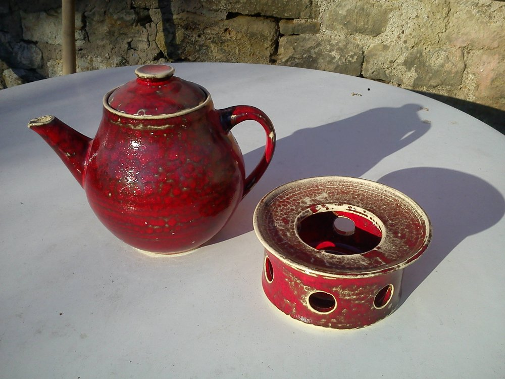 teapot with stove